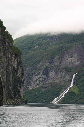 cruceros-por-los-fiordos-de-noruega