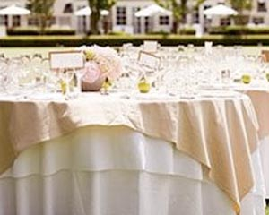 banquete original al aire libre