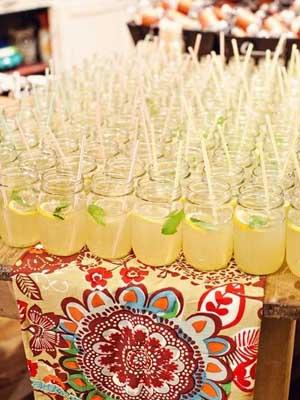 mesa de mojitos para boda veraniega