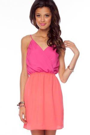vestido rosa y naranja