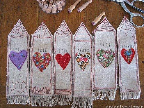 Manualidades: Marcapáginas con mucho corazón