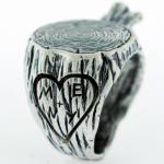 anillo tallado arbol