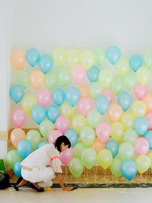 apartmenttherapy.com globos para decorar una pared blanca